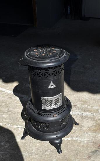 Vintage Perfection Smokeless Oil Heater No. 525