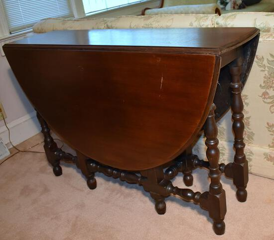 Antique Gateleg Dining Table