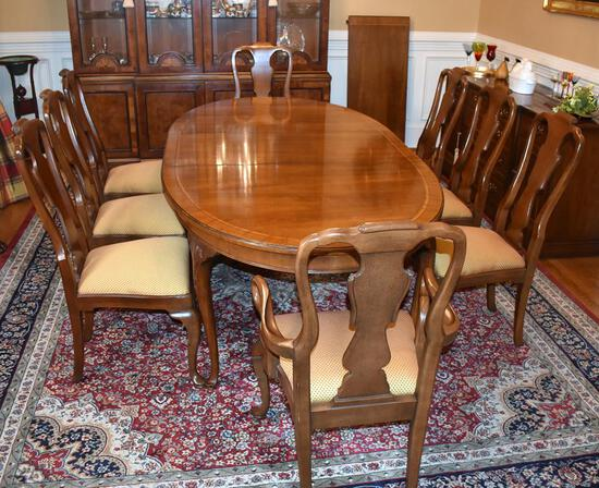 Splendid Banded Inlay Cherry Dining Table w/ Two Extension Leaves by Henredon Fine Furniture