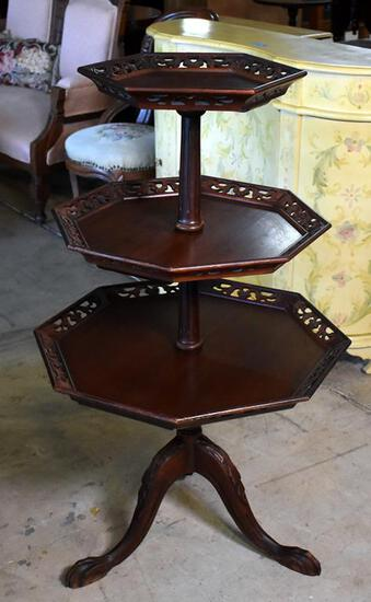 Fine Vintage Zuk Furniture Mahogany 3 Tiered Accent Table / Dumbwaiter