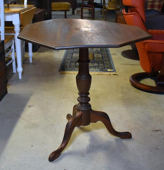 Antique Queen Anne Walnut Tilt-Top Tea Table with Snake Feet, Inlaid Top, Probably Southern US