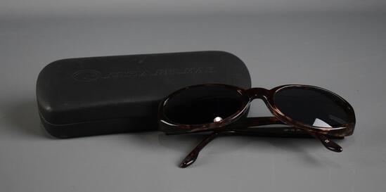 """Costa Del Mar """"Grace"""" Sunglasses in Original Case"""
