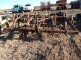 John Deere 1600, 3pt, 12 Shank Chisel Plow