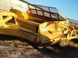 John Deere 1812 C Dirt Scraper