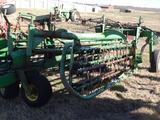 John Deere 700 Hydraulic Folding Twin Rake