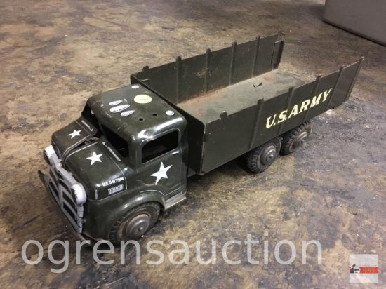"Toy - Lumar Military truck, 18.5""x6"""