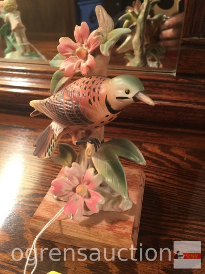 "Wales bird figurine, as is, 6""h"