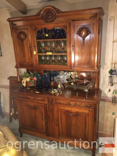 Furniture - Vintage buffet/china cabinet, mirrored backsplash, 3 door top, 3 drawer, 3 door base