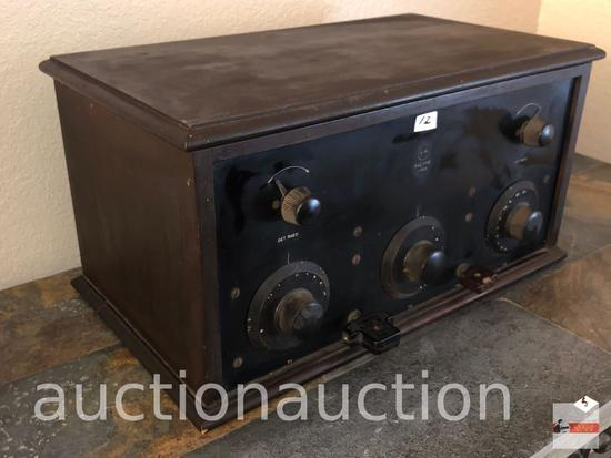 "Vintage Radyne tube radio, 19.75""wx11.5""dx10.25""h"