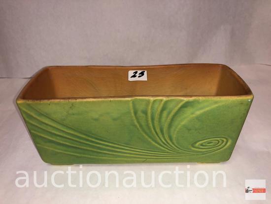 "Roseville Pottery - 1949 Florane window box planter #R94-8 green, 8.75""wx3.25'dx3.5""h"