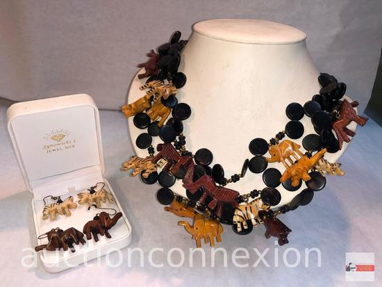 Jewelry - Necklace and 2 pr. earrings, lg. wooden