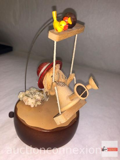 "Collectible - Schmid music box, 7.5""h wooden"
