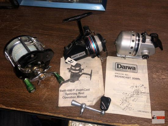 Fishing - 3 Reels - Daiwa spincasting Reel Silvercast 208RL, Swift 660F Zoom Cast reel, Ocean City