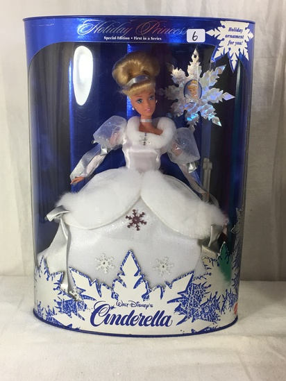 "NIB Collector Holiday Princess Walt Disney's Cinderella Barbie Doll Box: 14""x10"""
