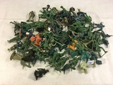 Collector Marx Toys Assorted Battleground Army Soldiers Action Posed Plastic Model Toys 100 pcs