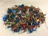 Lot of 150 Pieces Collector Loose Marx Miniatures Military Army Mini Figures - See Photos