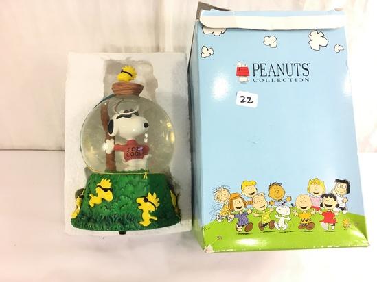 "Collector Westland Peanuts Collection Water Globe Joe Cool Box Size: 8""tall Box"