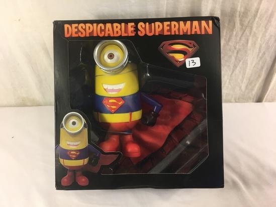 """NIB Collector Despicable Me Superman  Minion Superhero Action Figure 9.5""""Tall Box"""