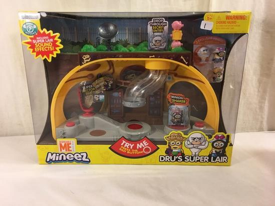 """NIB Collector Illumination Minions Despicable Me Mineez Dru's Super Lair Box Size:15x11""""Box"""