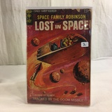 Collector Vintage Gold Key Comics Space Family Robinson Lost in Space #906 Comic Book