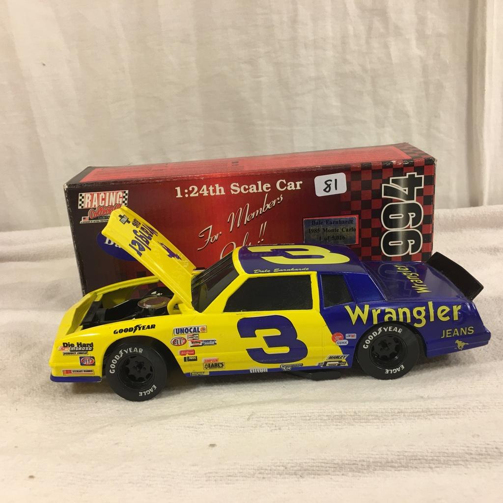 COLLECTOR DIECAST NASCAR CAR AND HELMETS