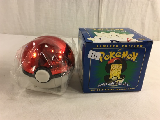 """Collector 1998 Nintendo Limted Edition Pokemon 23K-Gold Plated Trading card """"Togepi"""""""