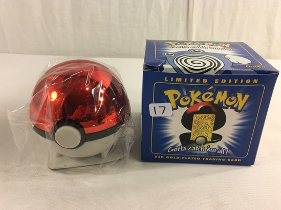 """Collector 1998 Nintendo Limited Edition Pokemon 23K-Gold Plated Trading Card """"Poliwhirl"""""""