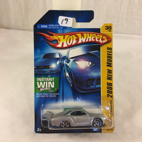 Collector NIP Hot wheels Mattel 1/64 Scale DieCast & Plastic Parts 2006 New Models Volkswagen