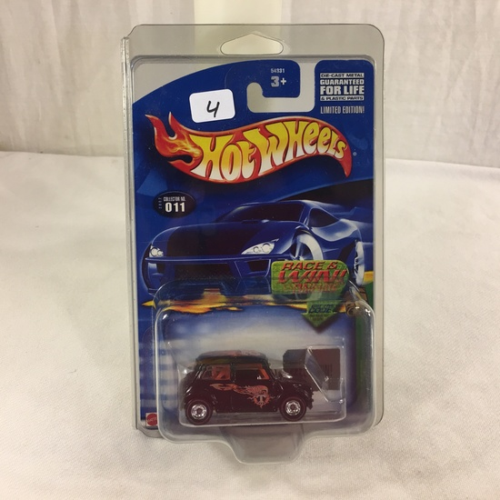 Collector NIP Hot Wheels Treasure Hunt Series  Mini Cooper 11/12 Cars 1:64 Scale DieCast Car
