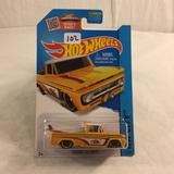 Collector NIP Hot wheels Mattel 1/64 Scale DieCast & Plastic Parts Custom '62 Chevy