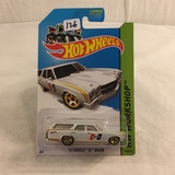Collector NIP Hot wheels Mattel 1/64 Scale DieCast metal & Plastic Parts '70 Chevelle SS Wagon
