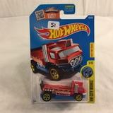 Collector NIP Hot wheels Mattel 1/64 Scale DieCast & Plastic Parts 'The Haulina TOR 5/10 Car