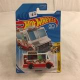 Collector NIP Hot wheels Mattel 1/64 Scale DieCast & Plastic Parts Quicj Bite 2/5 Car