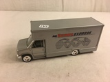 Collector Loose Sunny Express Delivery Silver Van Recrational van SS 8606 Size: 7.3/4