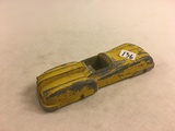 Collector Loose Vintage Tootsietoy DieCast Metal Car Yellow Size: 6