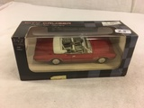 Collector New City Cruiser Collector Series 1/43 Scale DieCast Red Convertible 1966 Oldsmobiel Cutla