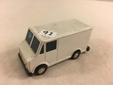 Collector Loose Die-cast Metal and Plastic Parts Delivery White Van 3.3/4