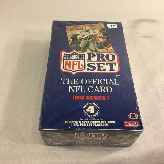 New Sealed in Box - Collector Pro NFL Set The Official NFL card 1992 Series I Trading Sport Cards