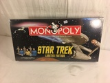 New Sealed in Plastic Box  Monopoly Trading Game From Parker Brothers Limited Edt Star Trek