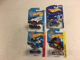 Lot of 4 Pieces Collector New in Package Hot wheels Mattel 1/64 Scale Die-Cast Metal Cars