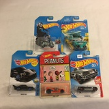 Lot of 5 Pieces Collector New in Package Hot wheels Mattel 1/64 Scale Die-Cast Metal Cars
