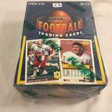 New Sealed in Box - 1992 Fleer Football Trdaing Sport Cards