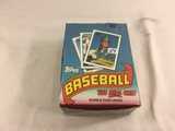 Box has Been Open- But, each Package Still Sealed -1989 Vintage Topps Baseball Bubble Gum Cards