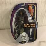 NIB Collector Star Trek Deep Space Nine Regent WORF  Action Figure 8