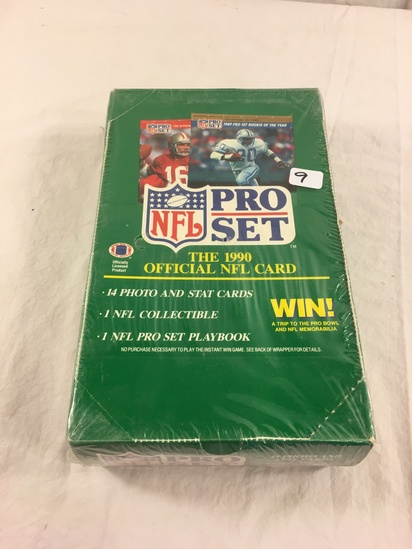 Collector Loose in Box But, Sealed In Package -1990 NFL Pro Set Football Trading Cards