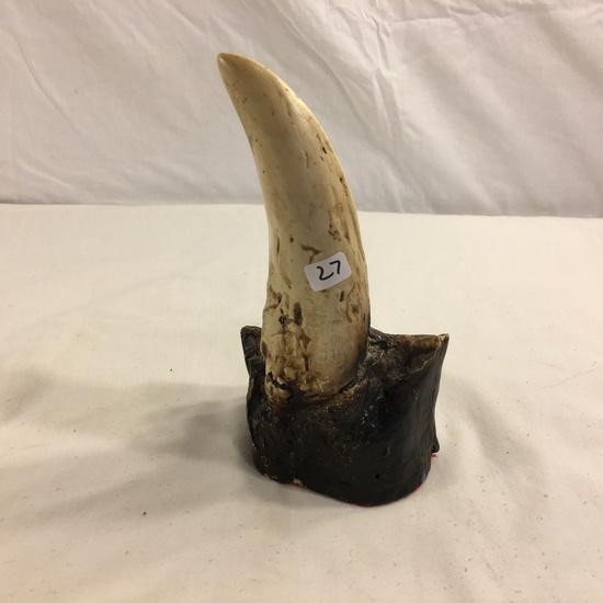 "Collector Loose Fake Dinousor Tooth Size: 8""tall - See Pictures"