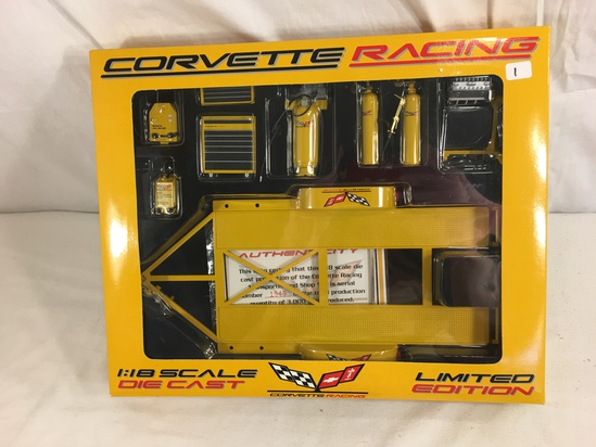Collector NIP Corvette Racing Ltd. Die Cast 1:18 Scale Equipment