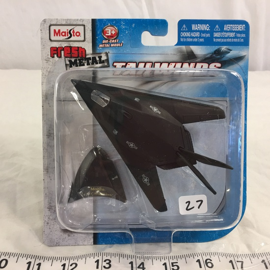 "NIP Collector Maisto Fresh Metal Tailwinds DieCast metal ""F-117 Nighthawk"""