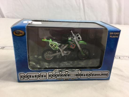NIP Collector Toy Zone  Mini Machines DieCast With Plastic 500cc Enduro Racer Bike