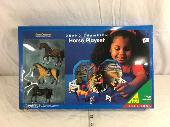 Collector Grand Champion Horse Playset Preschool 3 Horses with Accessories